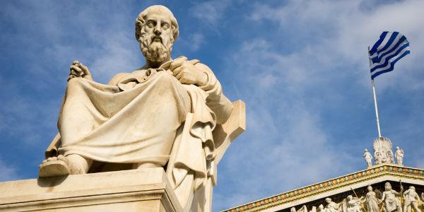 questões de vestibular sobre Platão