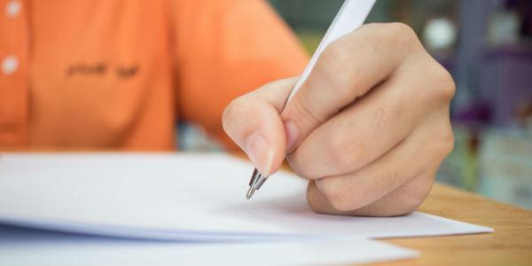 Como estudar redação para o Enem?