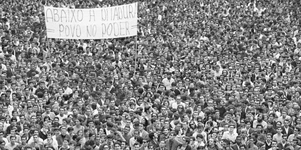 passeata-dos-100-mil -Exercícios sobre Ditadura Militar