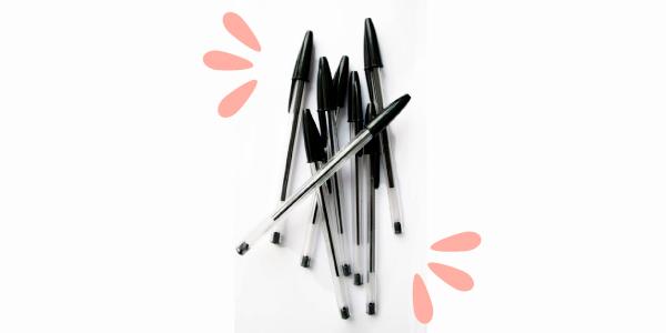 Leve mais de uma caneta preta e não esqueça seus documentos