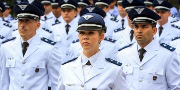 Alunos-militares-que-ingressaram-pela-Prova-do-ITA-1