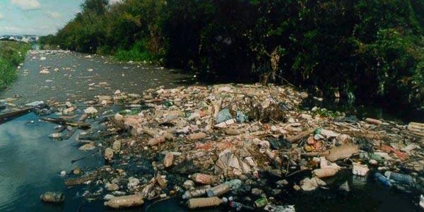 Problema Ambiental: Poluição da água