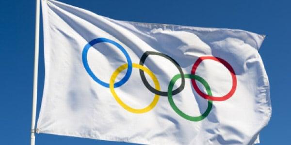 bandeira-das-olimpiadas-colorida-com-aneis-olimpicos-representando-continentes