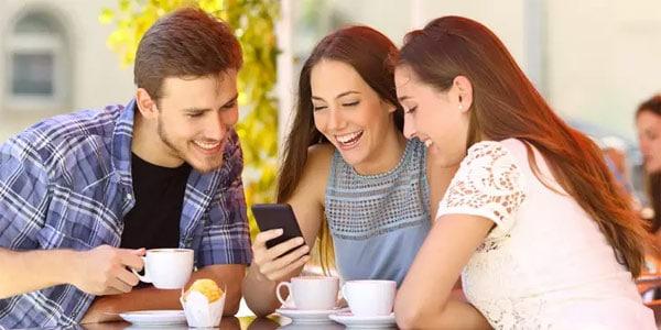 Quando usar Linguagem Informal - roda de conversa entre amigos